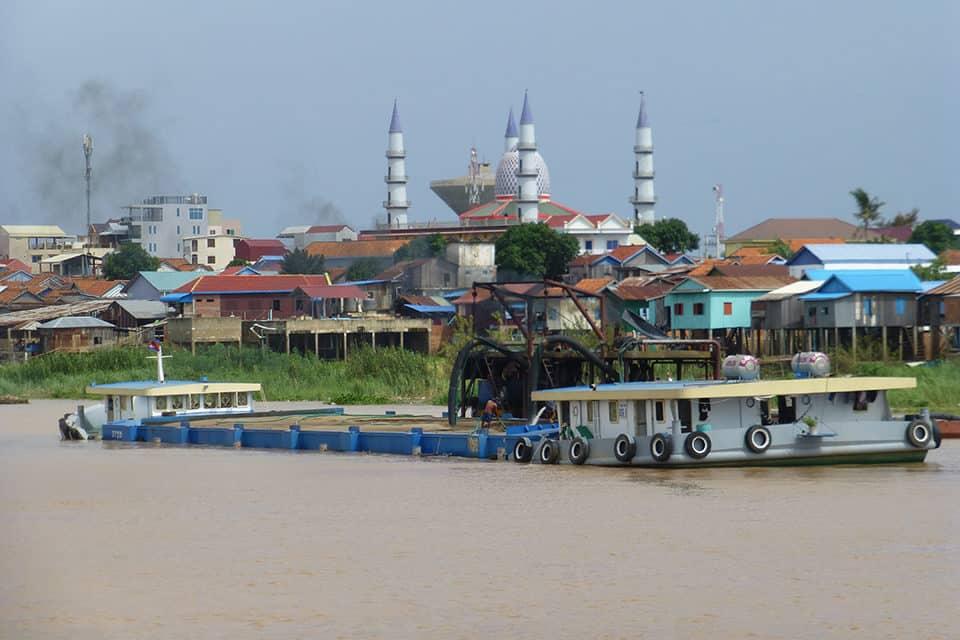 De Tonlé Sap-rivier in Cambodja