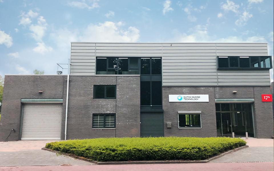 Jubilerend Dutch Marine Technology  verhuisd naar nieuw pand in Alblasserdam