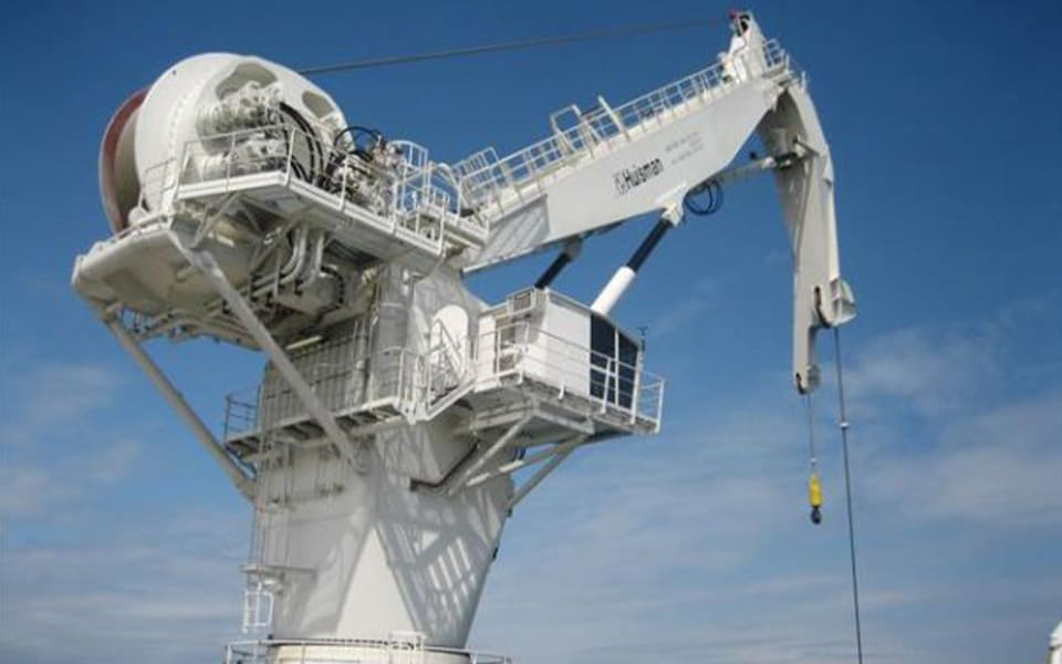 Huisman levert 250 mt Knuckle Boom kraan en 500 mt sleeplier aan Nanhai Rescue Bureau China