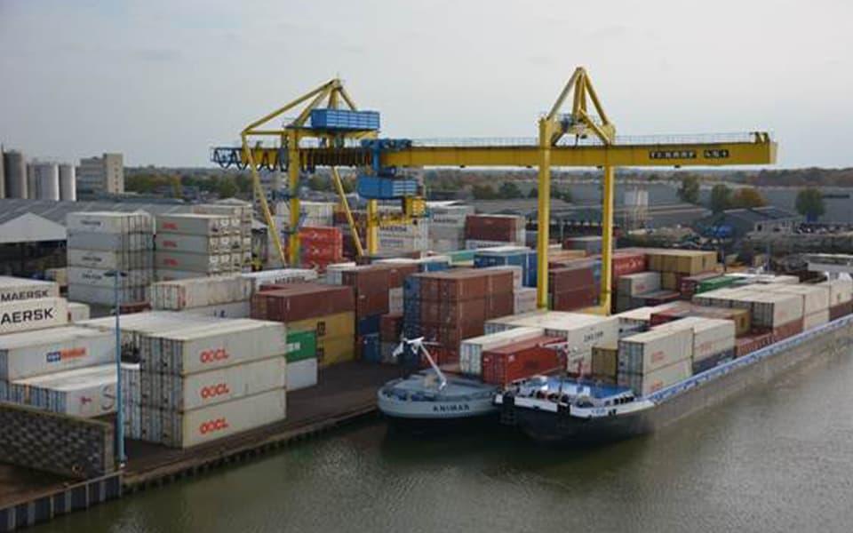 Van Berkel Logistics zet OOC containerterminal voort