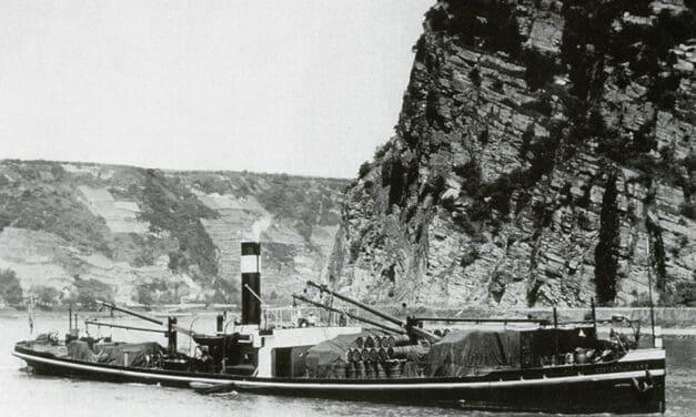 de stoomgoederenboot Oosterwijk van de NRM