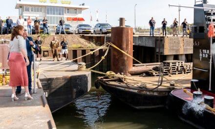 Duwboot Pieter van der Wees gedoopt