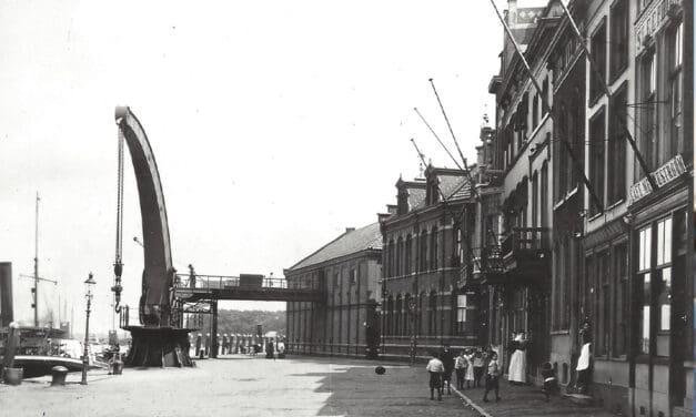 de stadskranen van Dordrecht