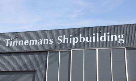 Tinnemans Floating Solutions bouwt zijn allereerste custom made houseboat