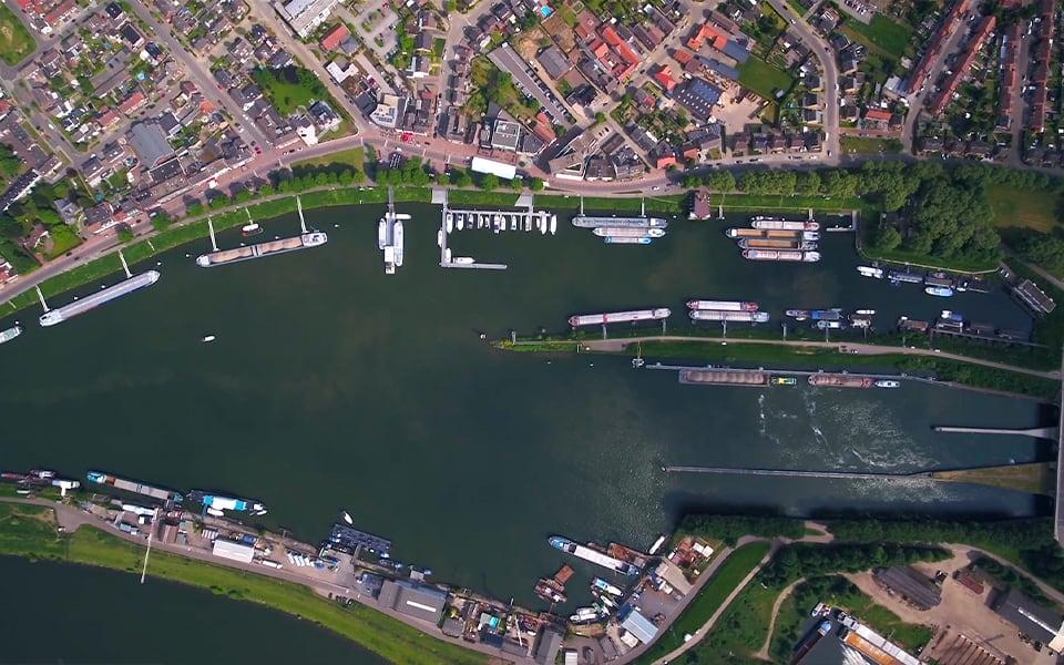 Vissers & Van Dijk en Marco BV  bieden complete plaatje in scheepselektro en -reparatie