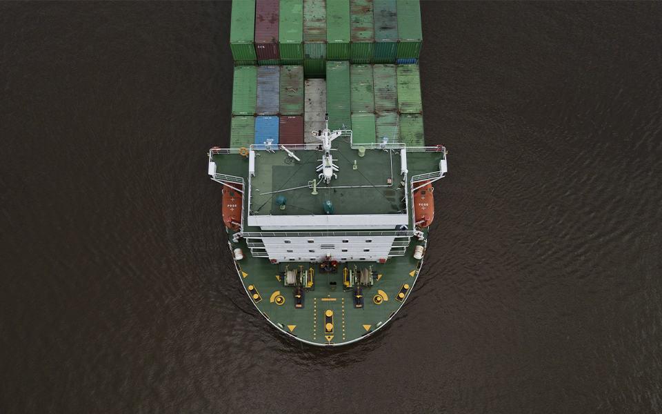 Containers lichtpuntje in sombere prognoses voor de binnenvaart