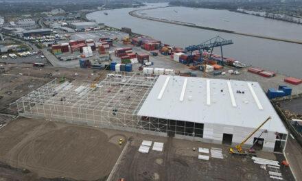 Containertransferium Alblasserdam groeit als kool