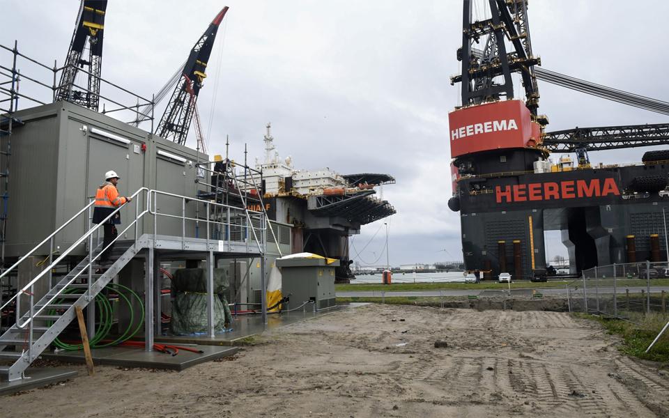 Haven Rotterdam veert op na coronadip